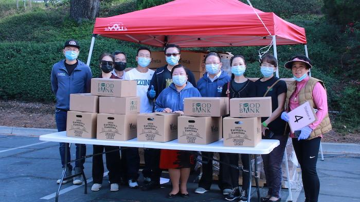 西科汶納華人協會愛心回饋社區 向洛杉磯FOOD BANK捐款