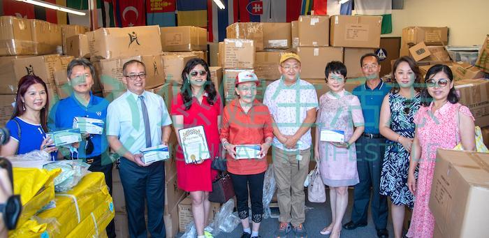 保護社區和學區  巾幗會向核桃市捐贈口罩