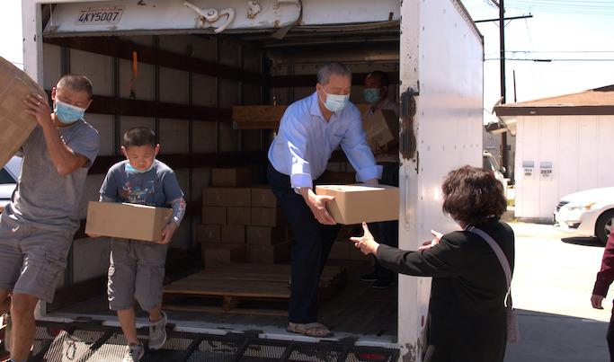 服務市民 免費領取 洛杉磯海外獅子會捐贈6000瓶消毒洗手液